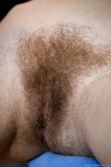 Ginger_BlueChair_068