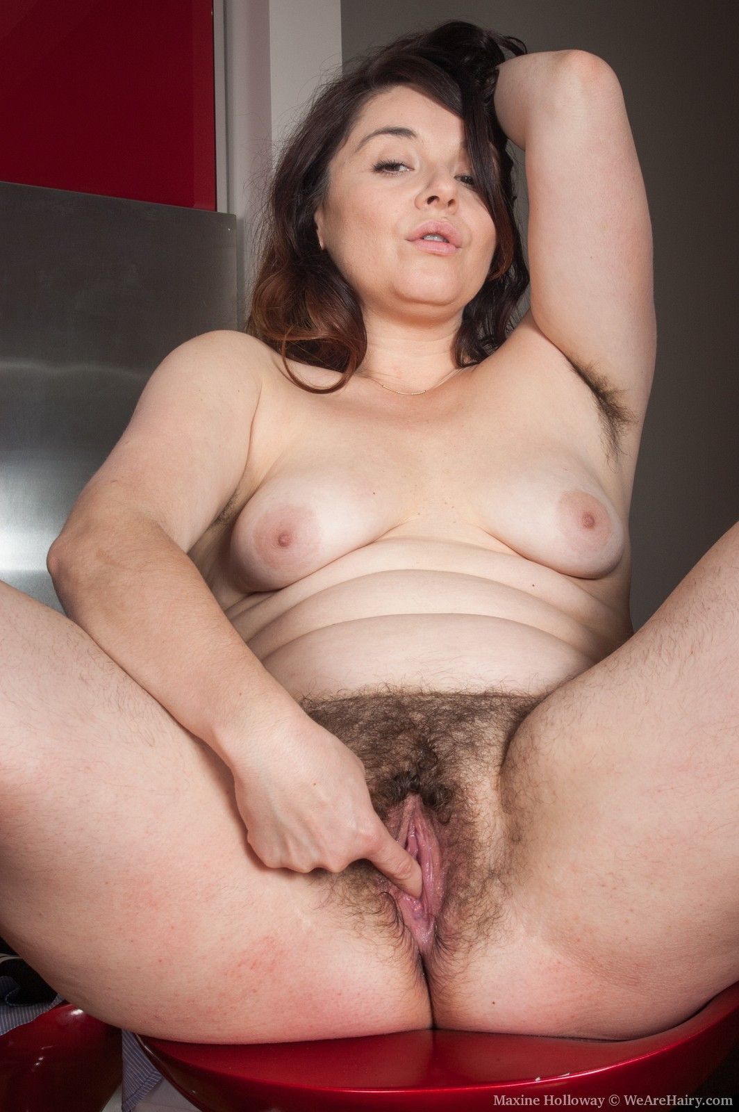 Chubby girl fingering her big wet cunt 6