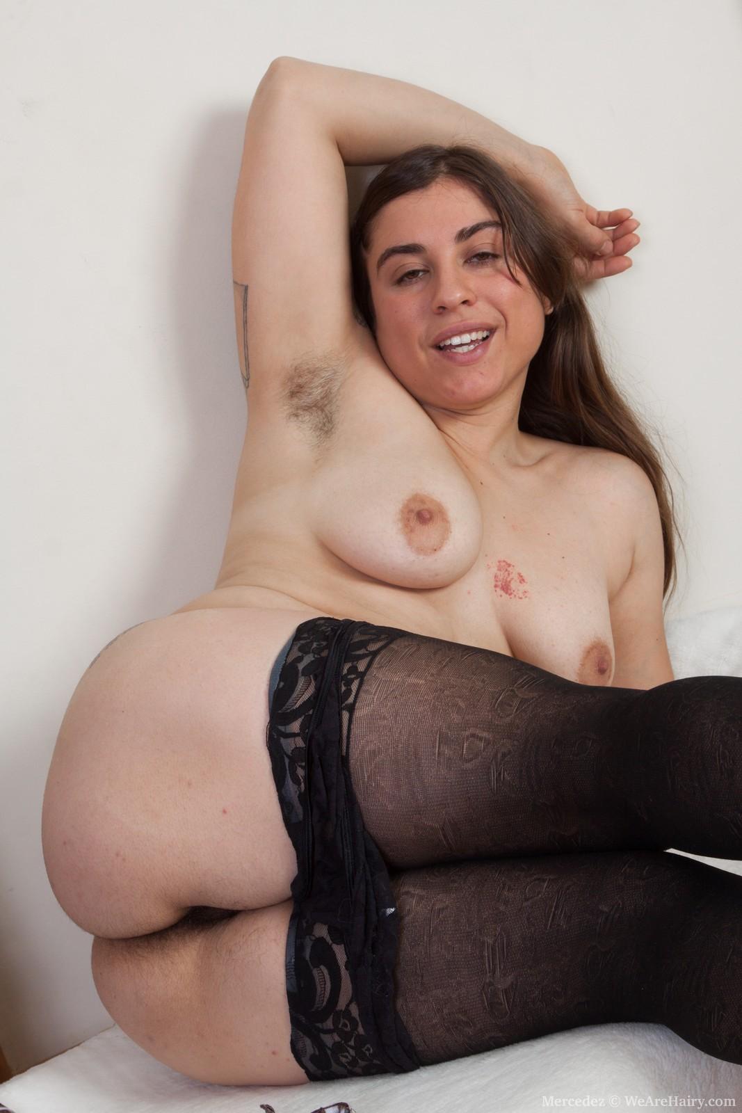 Русское порно лесбиянок с небритыми подмышками 25 фотография