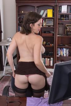 MystiqueJones_SexySecretary_053