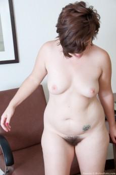 Simone_Desk_138