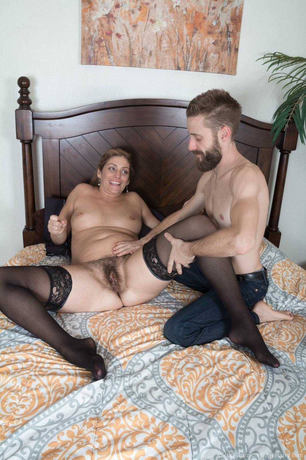 alicia-silver-has-hot-sex-in-her-bedroom4.jpg