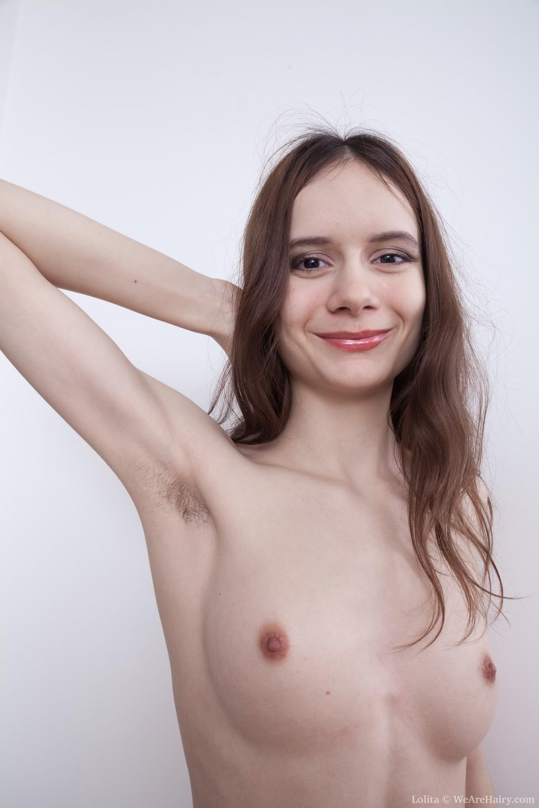 lolita-strips-and-masturbates-after-stargazing5.jpg