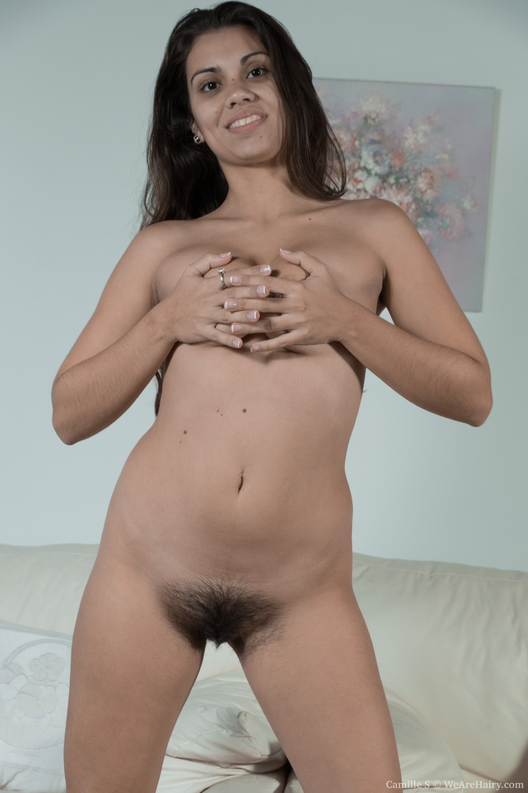 wpid-camille-s-strips-naked-on-her-white-couch7.jpg