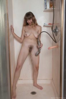 wpid-dani-takes-a-wet-shower-and-masturbates-with-dildo10.jpg