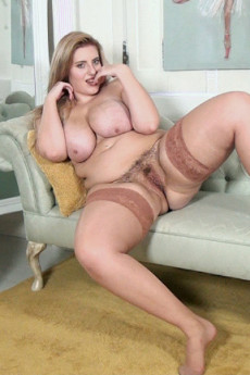 Handsome blonde chick wants to be fucked 1