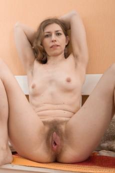 wpid-elza-strips-naked-on-her-nearby-white-bench12.jpg