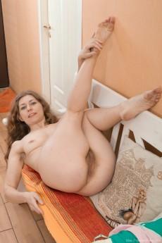 wpid-elza-strips-naked-on-her-nearby-white-bench15.jpg