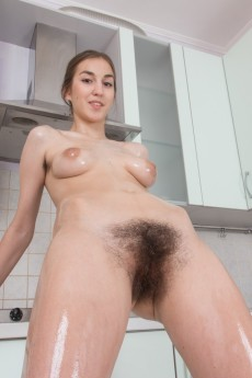 wpid-halmia-strips-naked-and-uses-hair-dryer-to-dry-off12.jpg