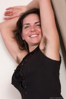 wpid-katie-z-undresses-from-her-black-dress-in-bed3.jpg