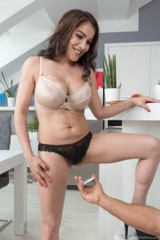 wpid-mischel-lee-has-pictures-taken-and-has-hot-sex3.jpg