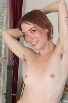 wpid-ruby-rose-exercises-and-strips-naked-for-us-to-see4.jpg