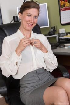 wpid-we-enjoy-valentine-stripping-naked-in-her-office4.jpg
