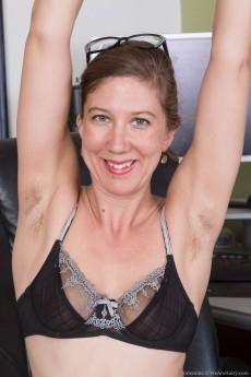 wpid-we-enjoy-valentine-stripping-naked-in-her-office5.jpg